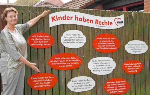 AWO Kita Wiehbergstraße: Neue Schilder weisen auf Kinderrechte hin
