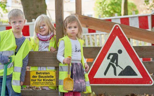 """""""Betreten der Baustelle nur für Kinder"""""""