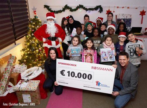 Firma Rossmann unterstützt Deutsches Kinderhilfswerk mit 10.000 Euro